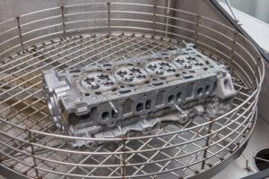 Motorentechnik - Teilewaschmaschine